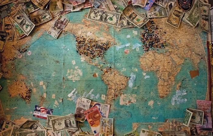 世界とお金